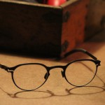Spectacles: a whinge against the inescapable